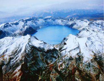 长白山国际度假区,这里有一座座神奇的大山,让游客亲近自然之余,每年都会精心打造一些适合家庭度假的娱乐项目
